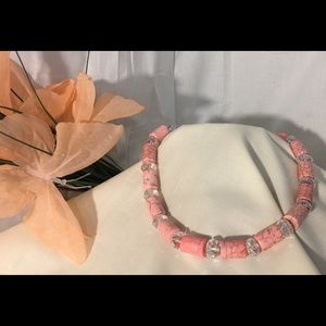 Jewelry - Vtg Pink Howlite Dyed Turquoise Necklace